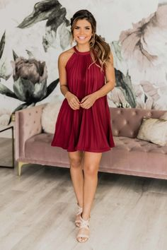 Sorority formal dresses can be expensive, and with so many options out there it can be hard to pick a dress. Don't worry, here are 15 online boutiques that you can order from this spring, and you'll love them! Trendy Dresses, Stylish Outfits, Cute Dresses, Formal Dresses, Boutique Party Dresses, Party Dresses Online, Sorority Formal Dress, Purple Bodycon Dresses, Sorority Outfits