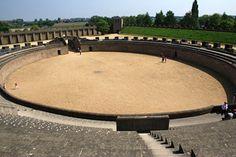 Ruïne van het Romeinse amfitheater te Xanten