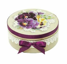 H&D Crystal Jewelry Box Heart-Shaped Designs with Inlaid Small Diamonds Decoupage Box, Decoupage Vintage, Tole Painting, Painting On Wood, Diy Recycling, Milk Cans, Hat Boxes, Pretty Box, Altered Boxes