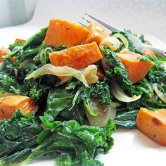 Roasted Yam & Kale Salad ~ A bright contrast in flavors makes this salad a favorite among friends and family. The yams have a subtle sweetness that pairs nicely with the caramelized onions and kale. Kale Salad Recipes, Vegetarian Recipes, Cooking Recipes, Healthy Recipes, Healthy Foods, Coleslaw Recipes, Kale Salads, Dairy Recipes, Vegetarian Dinners
