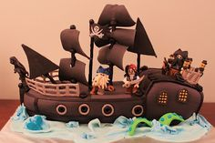 The Disney Cake Blog: Pirates of the Caribbean Lego Cake. Maybe for the next pirate party?