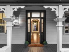 Front entry to a lovely Queenslander at 30 Brighton Terrace, Sandgate, Qld 4017 Queenslander House, Weatherboard House, Melbourne Architecture, Brighton Houses, Front Entrances, Australian Homes, Future House, Design Concepts, Design Ideas