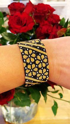 Bead Embroidery Jewelry For You or Someone You Love by SplendidBeadsBklyn Peyote Stitch Tutorial, Peyote Stitch Patterns, Seed Bead Patterns, Beading Patterns, Bead Embroidery Jewelry, Beaded Bracelet Patterns, Beaded Bracelets, Seed Bead Jewelry, Beaded Jewelry