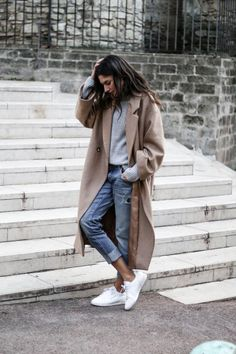 An effortless city style, this over-sized taupe... - Street Style