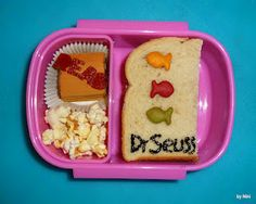 Super cute lunch from http://mamabelly-luncheswithlove.blogspot.com