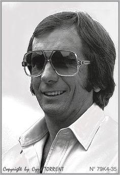 Emerson Fittipaldi  photo Cyril Torrent Emerson, Photo Studio, Mens Sunglasses, Portraits, Fashion, Moda, Man Sunglasses, Fashion Styles, Men's Sunglasses