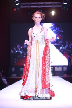 EmbellishedbySadafAmir Formal Dresses, Clothes, Collection, Fashion, Dresses For Formal, Outfits, Moda, Formal Gowns, Fashion Styles