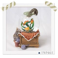【TW】猫と金魚 【スノードーム】【送料無料】【TWINKLE】 | インテリア雑貨 | スノードーム | NanoStyle-ナノスタイル-