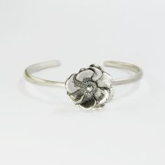 Bracciare rigido in argento