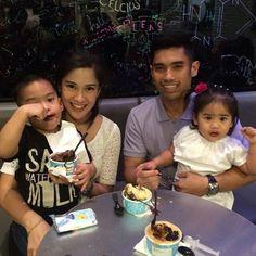 Keluarga Bahagia Dian Sastro