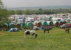 Vardos and campers! Gypsy Caravan, Gypsy Wagon, Gypsy Life, Gypsy Soul, Indiana, Barrow In Furness, Adventure Bucket List, Family Roots, Magic Carpet