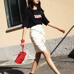 LVR Editions x Marina Hoermanseder Kasper Stripes Bag Marina Hoermanseder, Striped Bags, Modest Fashion, Beautiful Outfits, Beautiful People, Capri Pants, Skirts, How To Wear, Clothes
