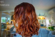 Me Naiset – Blogit | Koti Kumpulassa – Hiusten pesu hoitoaineella #curlygirl #curlygirlmethod #curlygirlsuomi #kiharat #luonnonkiharat #kiharathiukset #laineet #hiukset #hiustenhoito #henna #hennaväri #hiusväri #punaisethiukset #rakastahiuksiasi #menaiset #menaisetblogit #blogi #curlyhair #naturallycurly #naturallycurlyhair #wavyhair #redhair #hennahair #cowash #hoitoainepesu #loveyourhair #redhead  #haircolor #haircolour