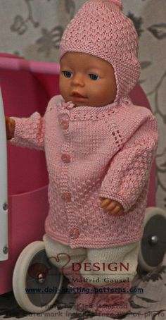 knit gorgeous doll clothes in pink and white Knitted Dolls, Crochet Dolls, Crochet Baby, Knit Crochet, Baby Born Clothes, Pet Clothes, Doll Clothes, Dolly Fashion, Baby Bjorn
