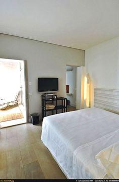 Riva Lofts è un boutique hotel sull'Arno, a poca distanza dal centro di Firenze.
