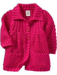 """Quero fazer essa """"Lindo \""""Lindo \""""Navy Heather otte Heather dark conjac for unisex\"""", \""""This is sooo cute since its PINK! Baby Cardigan Knitting Pattern Free, Kids Knitting Patterns, Knitting For Kids, Knit Cardigan, Knit Baby Sweaters, Girls Sweaters, Sweater Coats, Pull Bebe, Baby Coat"""