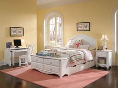 Haley Full Panel Bed with Dresser Footboard