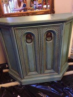 Have an old dresser Need an entertainment center A