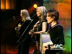 Emmylou Harris, Mary Chapin Capenter  Sheryl Crow   Flesh And Blood