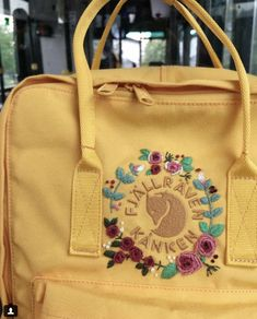 #sunflower #yellow #rose #roses Re Kanken, Mochila Kanken, Kanken Backpack, Backpack Outfit, Grunge Aesthetic Indie, Aesthetic Style, Cross Stitch Embroidery, Diy Embroidery, Artist Style Fashion