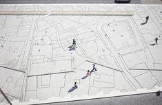 Guimarães, public square with city map.