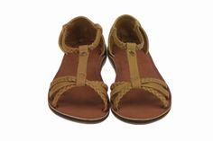 Bruine sandaaltjes in synthetisch leder van Reef. Fijne gemakkelijk, instap sandaaltjes voor meisjes en dames.  #Reef #Zomer2014 #SchoenenCaramel