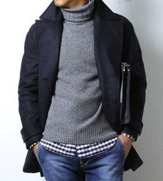 Casual roll-neck layering.