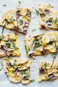Нутовая лепешка с молодым картофелем и базиликом | Salatshop ♥ You