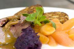 Elke dag worden maaltijden bereid met verse ingrediënten door onze topkoks!