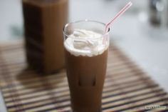 How to Make Thai Iced Coffee. Thai iced coffee (Kah-Feh yen) is fantastic on its own day or night, or with your favorite Thai dish. Featuring a blend of ingredients and flavors from around the world, it's a great drink for parties if you. Thai Iced Coffee, Blended Coffee Drinks, Home Made Cream Cheese, Make Cream Cheese, Dessert Drinks, Yummy Drinks, Eat Me Drink Me, Ground Coffee Beans, Coffee Uses