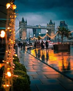 Tumblr Wallpapers - London bei Nacht. #WallpaperTumblraestheticgirl #WallpaperTu ...   - Reisen - #bei #London #Nacht #Reisen #Tumblr #Wallpapers #WallpaperTu #WallpaperTumblraestheticgirl
