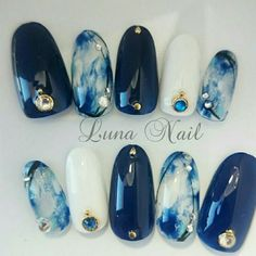 MERNUR hopes these 63 Most Stunning and Lovely Midnight Blue Nails Dark Blue Nails Design You Should Try that can help you out. We hope you like this collection. Gorgeous Nails, Love Nails, How To Do Nails, Fun Nails, Bling Nails, Perfect Nails, Dark Blue Nails, Blue Gel, White Nails