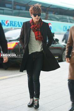 nice HD Photo: LeeMinHo in Incheon Airport ^^ Boys Over Flowers, Asian Actors, Korean Actors, Korean Idols, Korean Dramas, Lee Min Ho Kdrama, Lee Min Ho Photos, All Meme, New Actors