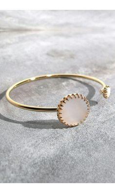 Medecine Douce bracelet Phedre nacre #bracelet #braceletdore #nacre #white #gold #jewels #bijoux #medecinedouce