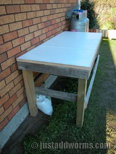 Worm Farm With Lid, can be used as potting bench!