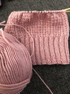 Tupun tupa: Nyt talvi saa tulla Kuroko, Knitted Hats, Knitting, Diy, Fashion, Knit Hats, Moda, Tricot, Bricolage
