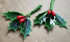 18 Laquered Holly Leaves with Wired Red Berries by juliecollings, $5.95