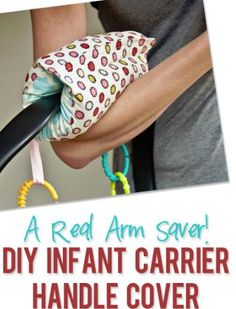 Infant carseat handle cover   #howdoesshe #carseatideas #diybabyprojects howdoesshe.com