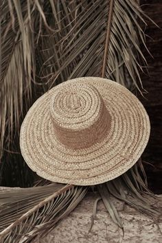 Nanushka big straw hat Minimal Chic 13001288edb