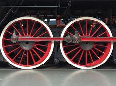 Man-sized wheels of the Chinese locomotive at @railwaymuseum in York. #york #nationalrailwaymuseum #steamengine