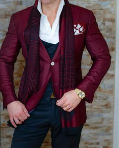 cool 25 Eye-Catching Maroon Suits That You Should Wear This Year Check more at http://stylemann.com/best-maroon-suits-for-men/
