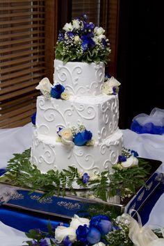 My Wedding Cake Created By The Dozen Bakery In Rockford Illinois
