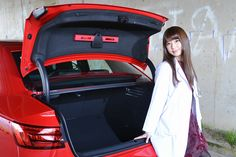 アウディ A4/日野礼香の診察しちゃうぞ!(画像39) JOY×女医 ~新型車、診察しちゃうぞ!~【オートックワン】