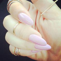 Pale purple gel nails