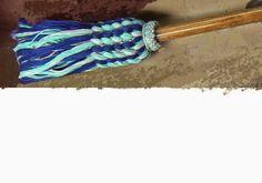 Michelle Chouinard (communications),Nadia Dumont(Dossiers) Monette Cassidy(secrétaire-trésorière),  Colette Blais(présidente), Huguette Morin(arts textiles) All Free Crochet, Art Textile, Weaving, Morin, Colette, Arts, Textiles, Becca, Knit Dishcloth Patterns
