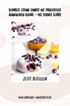 Blaubeer Zitrone Donuts mit zuckerfreier Schokoladen Glasur gesüßt mit ErythritGanz neu im Sortiment und sooo lecker! Unsere Lower Carb* Donuts - kohlenhydratreduziert*! Bestell jetzt gleich deine 2er Box mit leckeren Blaubeer Zitrone Donuts mit Pastell-Lila Schokoladenglasur!Die Donuts sind wunderbar fluffig und haben eine köstliche Glasur aus zuckerfreier weißer Schokolade.Die Donuts lassen sich auch wunderbar einfrieren. Jetzt bestellen! Panna Cotta, Low Carb Backen, Low Carb Desserts, Coleslaw, Donuts, Brownies, Ethnic Recipes, Food, Pastel Purple