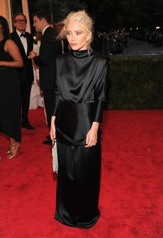 "mary-kate olsen attends the ""schiaparelli and prada"