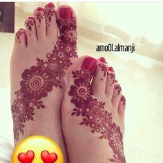 Mehndi Designs Feet, Khafif Mehndi Design, Henna Art Designs, Indian Mehndi Designs, Modern Mehndi Designs, Wedding Mehndi Designs, Mehndi Design Pictures, Beautiful Henna Designs, Foot Henna
