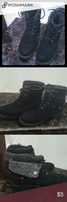 Reversible combat boots Fair condition worn a few times Shoes Lace Up Boots