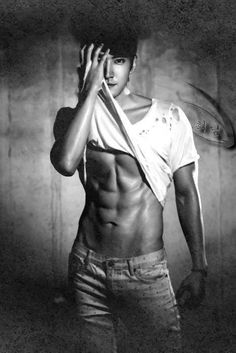 Sorry guys. I don't usually pin pictures like this. But I love Siwon. And this pic is very attractive.